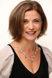 Mona Sabet Headshot
